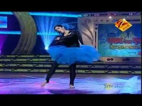 Eka Peksha Ek Apsara Aali Feb. 16 11 - Neha Pendse