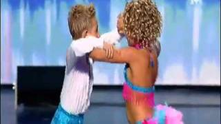 download lagu Amazing 8 Year Old Dancers On France Got Talent gratis