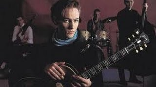 Watch Aztec Camera Sunset video