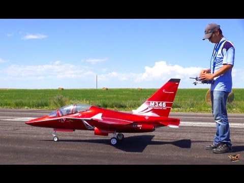 RC ADVENTURES - HUGE M346 iTALiAN FiGHTER JET - Alenia Aermacchi