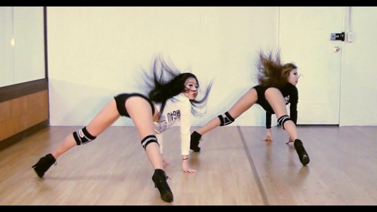 Britney spears work bitch xxx version porn compilation - 4 5