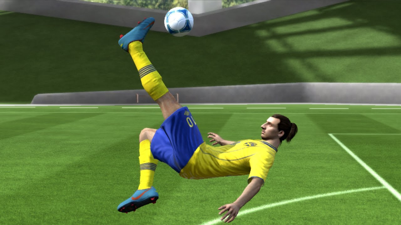 FIFA 13 - Overhead Bicycle Kick Tutorial - Xbox and PS3
