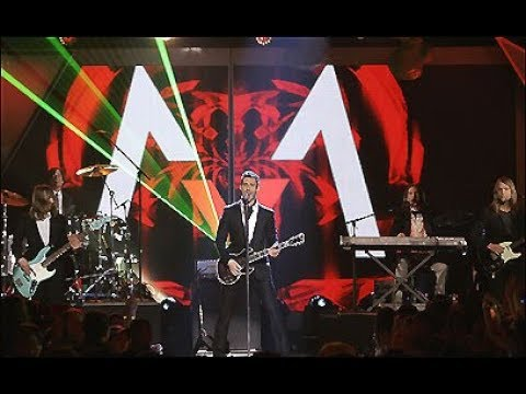 Maroon 5   Makes Me Wonder   (Kids' Choice Awards)