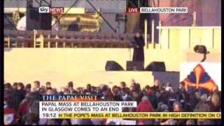 Susan Boyle Sings During The Uk Papal Visit 2010 Make Me A Channel Of Your Peace