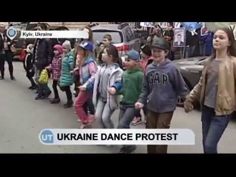 Ukraine Dance Protest: Activists demand end to Russians, separatists competing under Ukrainian flag