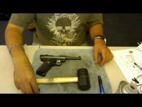 RUGER Mark III Standard - DISASSEMBLY