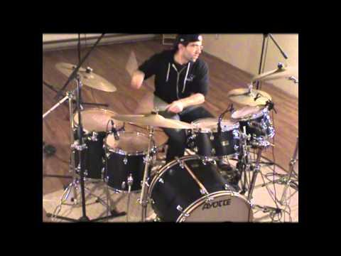 Simon Langlois (soundcheck Ayotte Drums)