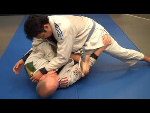 Jay-jitsu BJJ: Side Mount - escape / sweep from knee on belly Image 1