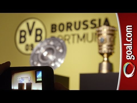 Dortmund Fans Youtube Dortmund Fans Invade Bayern