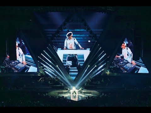 徐佳瑩 LaLa【樹枝孤鳥】feat. 伍佰 Official Music Video