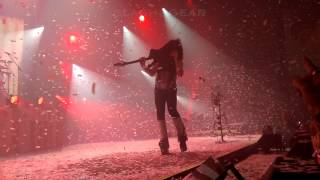 Paul Stanley smashes guitar at The Joint with KISS