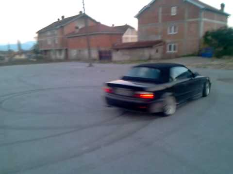 Bmw Drifting Car Bmw E36 Cabrio Donut And Drift