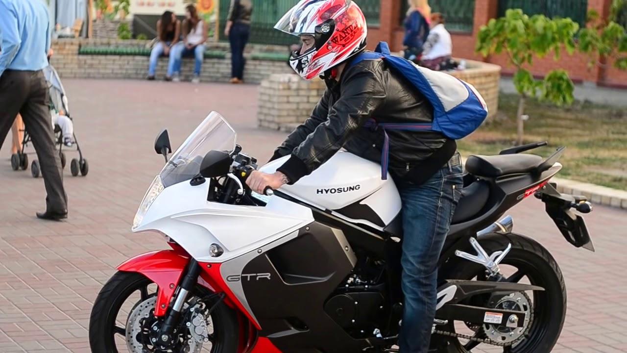 Yamaha Yzf R6 Wallpaper as well Yamaha Bikes as well 2013 Kawasaki Vulcan 1700 Classic also 2012 11 01 archive besides 2016 Kawasaki Zx 10r First Look. on 2010 kawasaki ninja 300
