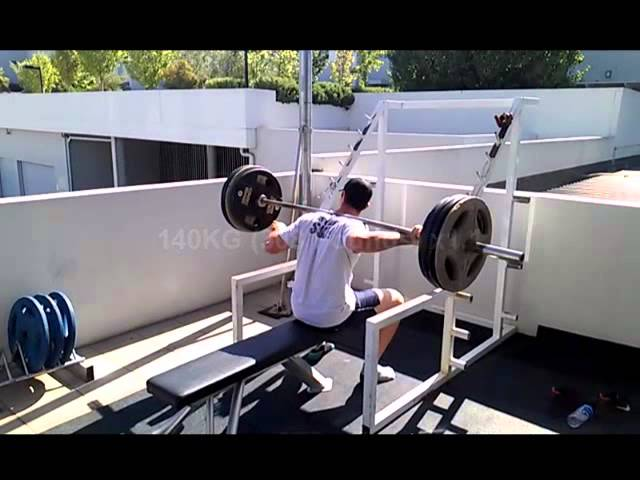 EPIC FAIL Bodybuilding - Squats