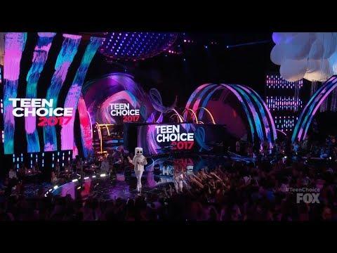 download lagu Marshmello And Bella Thorne Present At Teen Choice Awards 2017 - Logan Paul Liza Koshy Fifth Harmony gratis