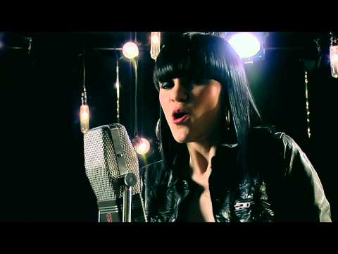 Jessie J - Price Tag ( Live Acoustic Music Video) video