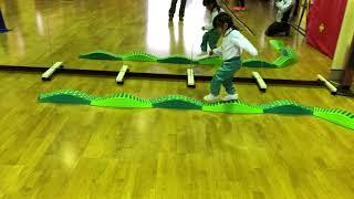 #62 - Little Kids - building a circuit