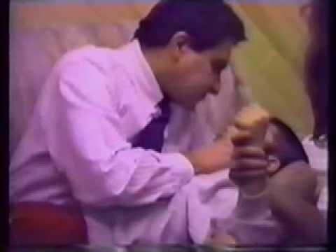 бедная девочка))издеваются над ребенком)) .