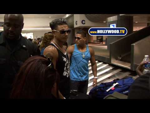 The Cast Of Jersey Shore At Baggage Claim