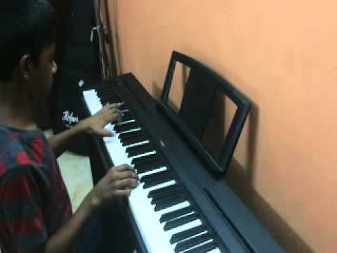 Vaarayo Vaarayo - Aadhavan(2009) Piano video