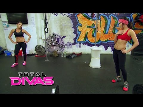 Nikki Bella snaps during a workout: Total Divas Preview, May 4, 2014