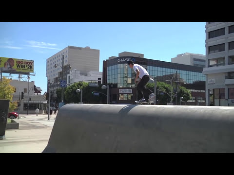 Crailtap Clip of the Day: Downtown Trannies