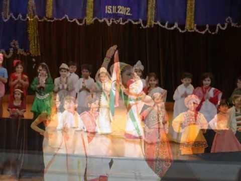 Mere Ghar Aayi Ek Nanhi Pari Priyadarshini video