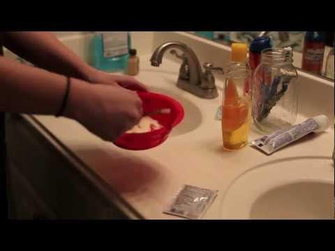 How to lighten hair naturally using Vitamin C