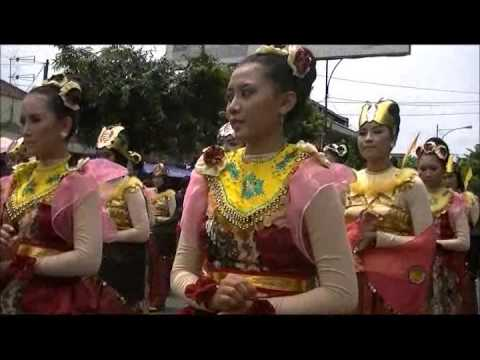Banyumas  extravaganza  07042013 video