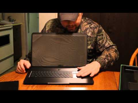 RAZER BLADE UNBOXING!!! This thing is a monster @CultofRazer