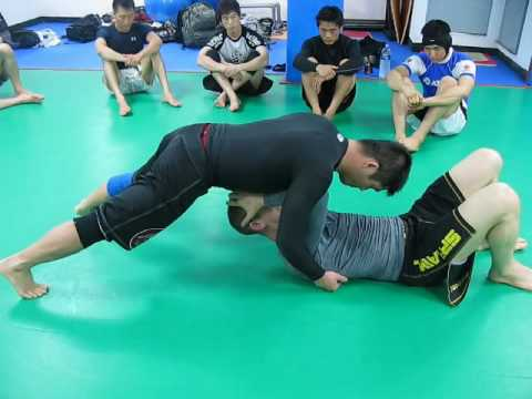 Jiujitsu Technic :: Open Guard Replace ( Part 2 - North South Position ) Image 1