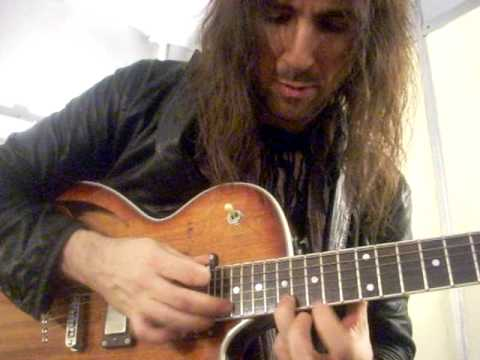 Guns N' Roses - Shackler´s Revenge acustica (Ron