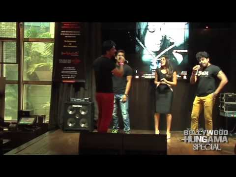Rannvijay Singh Anindita Nayar Perform At Live Music Concert Of 3 AM