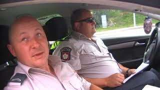 Policija issigando policijos