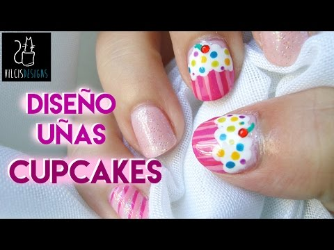 Diseño de uñas: pastelitos rosas / Nail design: pink cupcakes