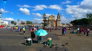 walking in Guatemala city (Guatemala)