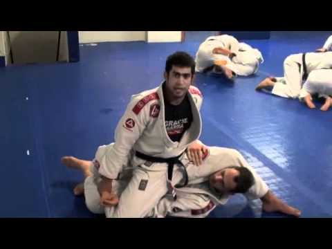 BARRA BJJ - Whats the best way to pass the deep half guard? Image 1