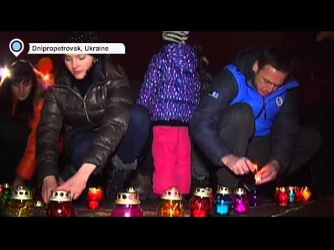 Dnipropetrovsk Honours Mariupol Massacre Victims: Recent east Ukraine shelling killed 30 civilians