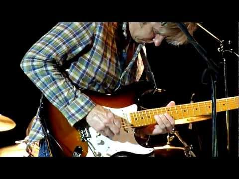 DESERT ROSE - ERIC JOHNSON live @ LEGNANO MILAN ITALY 17/07/2012 - LAND OF LIVE - HD
