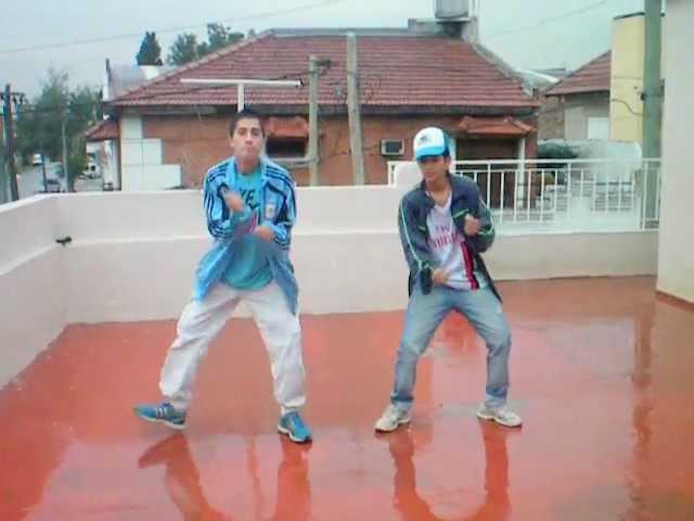 ELSAMU & JOELCITO BAILANDO ♥