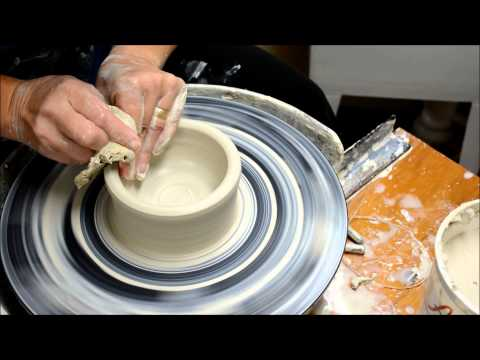 Wheel Throwing- How to Throw a Simple Bowl form