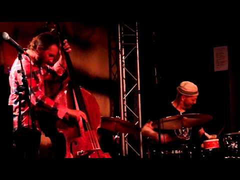"The Bad Plus ""Flim"" @ New Morning (Paris) - YouTube"