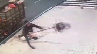 LiveLeak - Garabage worker having a bad day