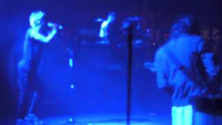 Live Cardiff 2010 Thirty Seconds To Mars - Hurricane.MP4
