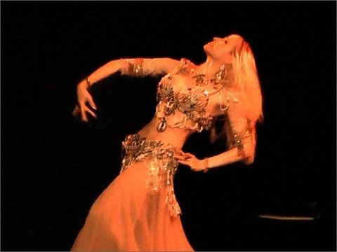 bellydance performance at Drom, NYC :: belly dance