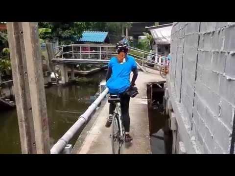 Bangkok bicycle single track with Pai Tam Thang