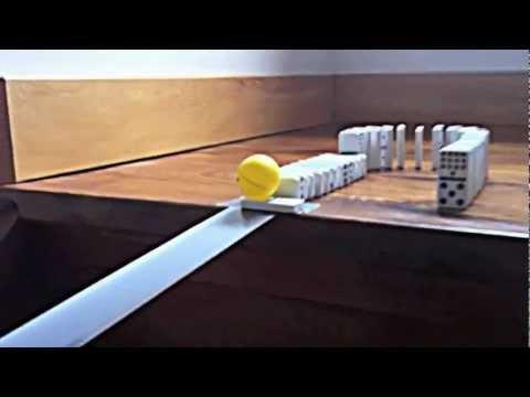 Cool Domino Track / Rube Goldberg Machine - YouTube