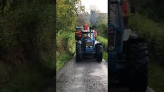 Ford 8210 turbo pulling 20 tonne digger