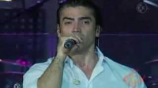 Watch Alejandro Fernandez No video