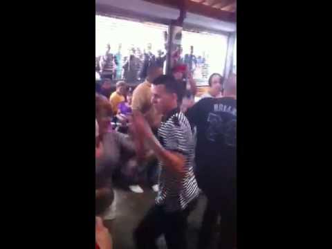 Joselito y Yaralis Bailando en Guavate